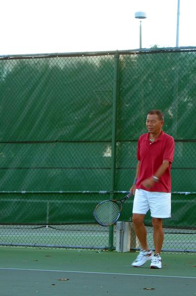 12/26/2008 打網球 (照片由Machel提供)