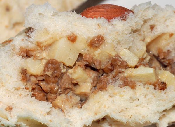 香菇竹筍偽肉包剖面