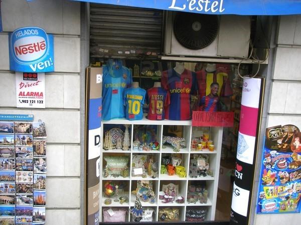 Souvenier shop.jpg