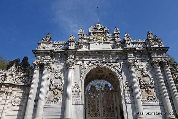 【伊斯坦堡】一窺神秘又奢華的皇宮:多瑪巴哈切宮 Dolmabahçe Palace