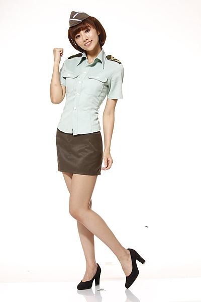 女孩當自強!穿制服獎十萬