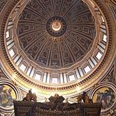 St. Peter's Basilica8.jpg
