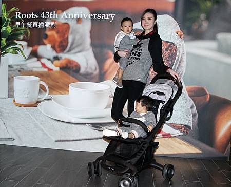 超級名模吳品萱特地帶可愛的雙胞胎兒子Mitch以及Marty一同來享受悠閒的親子時光。