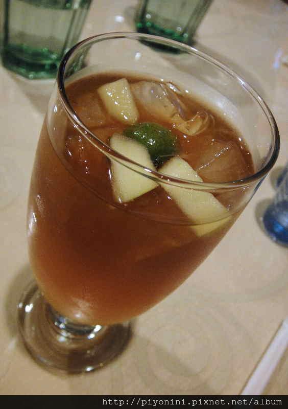 冰水果茶 - 慕斯卡