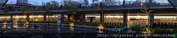 下凹式庭園水舞@大安森林捷運站