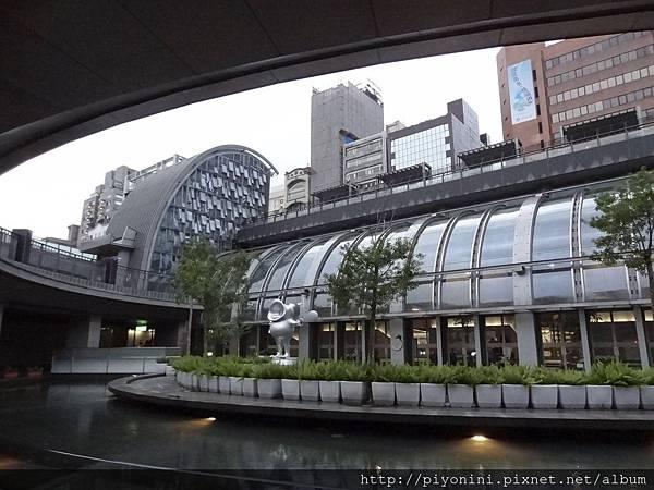 下凹式庭園@大安森林捷運站