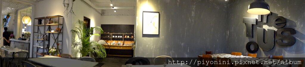 CAFE de GEAR內室