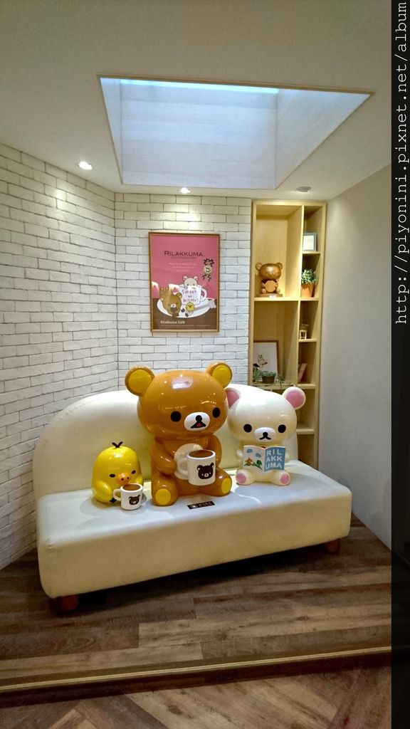 Rilakkuma Café 展示娃娃