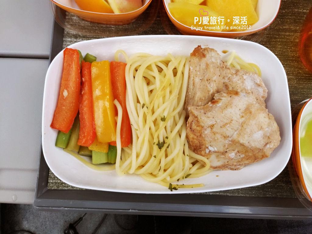 PJ大俠飛機特別餐體驗長榮低脂餐LFML