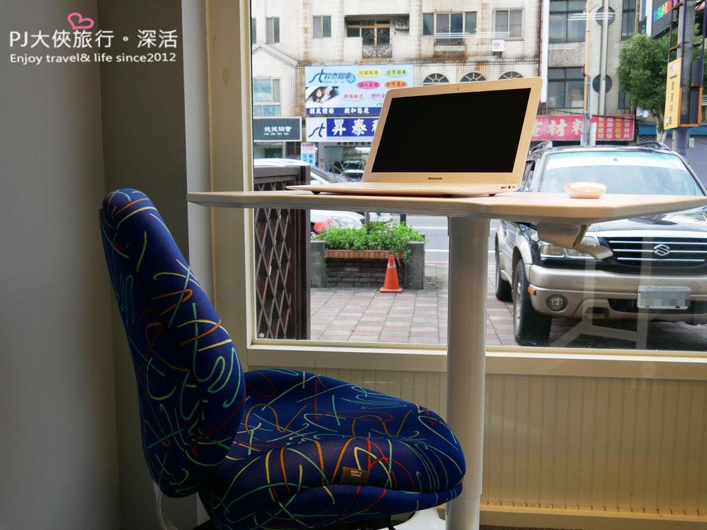 聚慶GIHCHIN專業人體工學椅