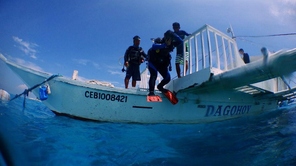 菲律賓薄荷島旅遊國外潛水考證照中文教練小班制