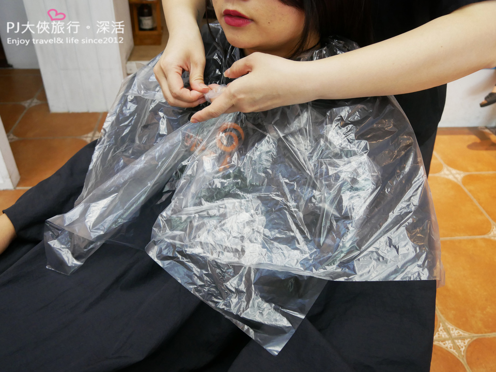 GLITZ HAIR髮廊總店染髮服務貼心