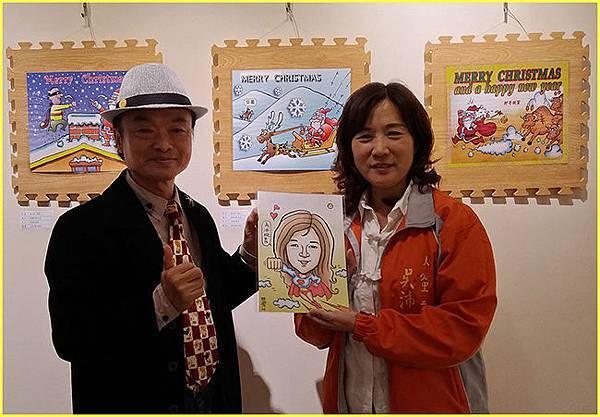 3-大學里吳沛璇里長至展場參觀,胖哥並親交應邀為其設計的漫像Q版~.jpg
