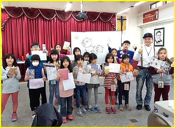 6-表現優秀學員頒獎後歡樂留影.jpg