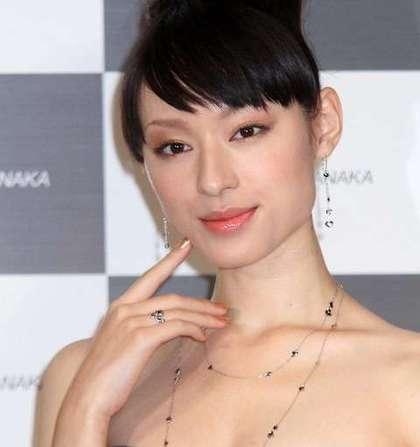 日本女星削骨