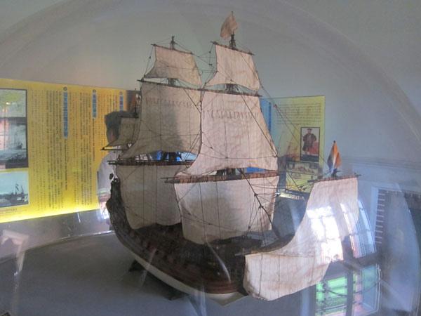 有船模型.jpg