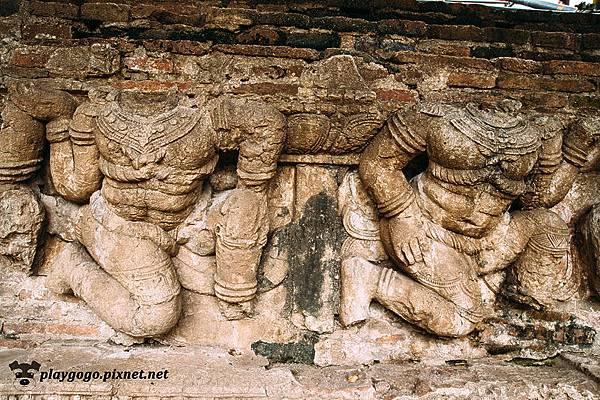 泰國 大城  Wat Ratchaburana 拉嘉布拉那寺 (8).jpg