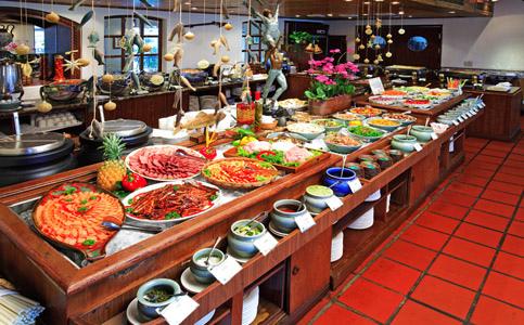 里拉餐廳自助吧
