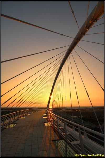 Harp bridge_02.jpg