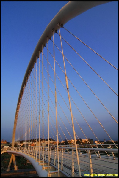 Harp bridge_04.jpg