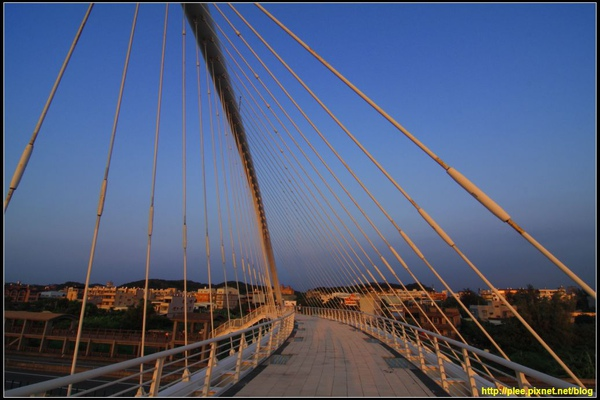 Harp bridge_06.jpg