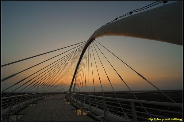 Harp bridge_08.jpg
