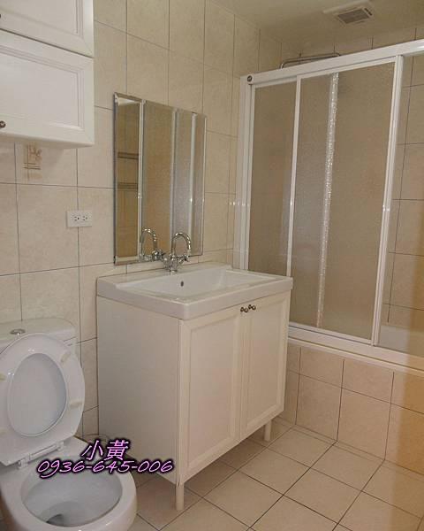 浴室全景P12.jpg