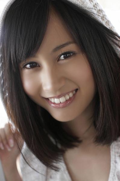 maeda_atsuko_02_01.jpg