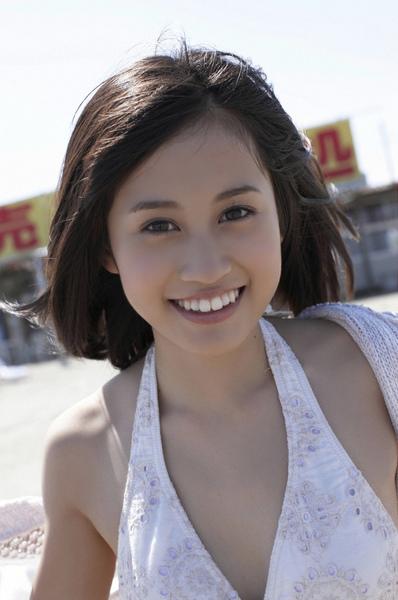 maeda_atsuko_02_12.jpg