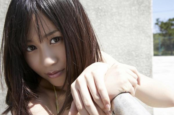 maeda_atsuko_04_16.jpg