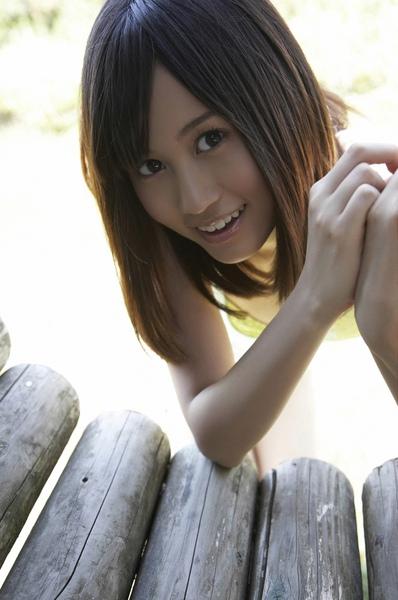 maeda_atsuko_08_09.jpg