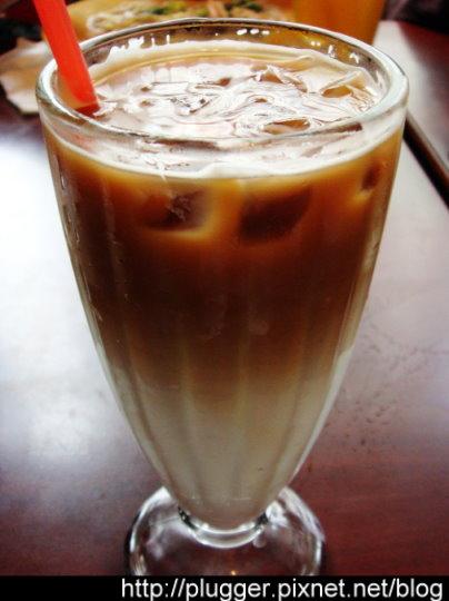 冰牛奶咖啡