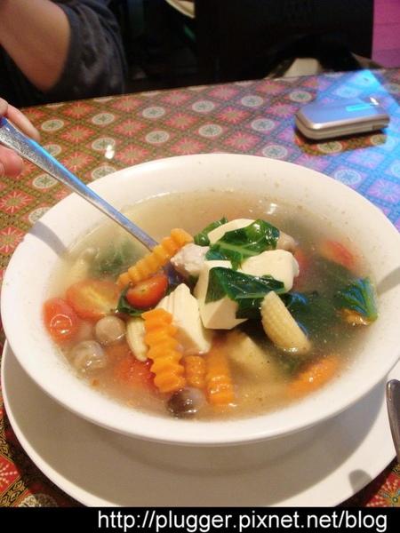什錦蔬菜豆腐湯
