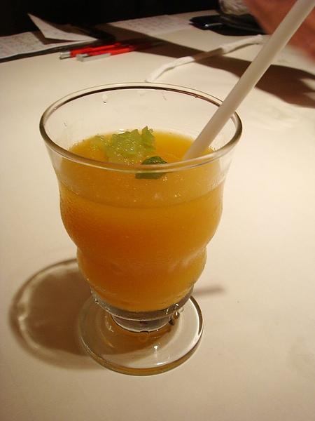 飲料:情人果香芒冰沙