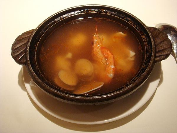 湯:義式海鮮清湯