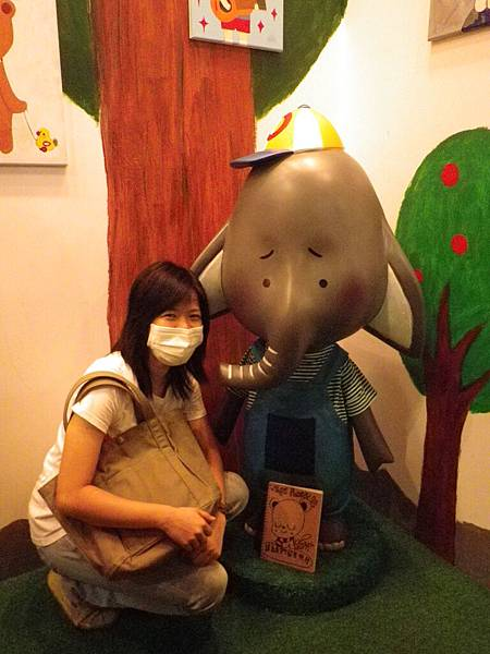 很怕傳染給小象..