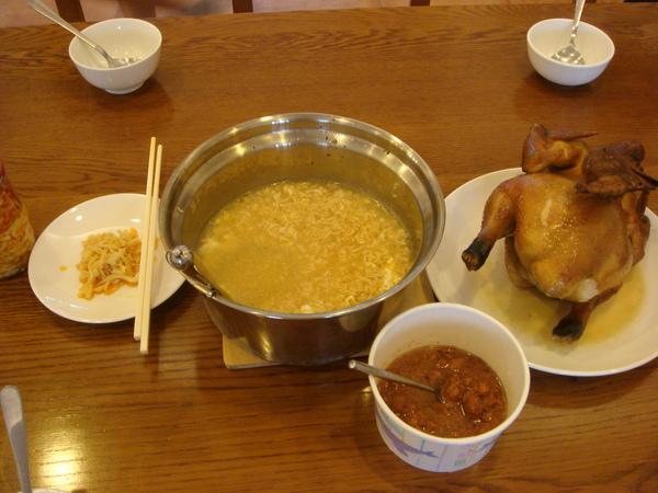 牧場的雞+煮泡麵 ^Q^