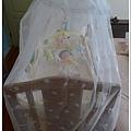 嬰兒床abc123.jpg