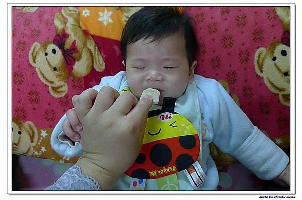 貝親 嬰兒鈣米餅 (5).jpg