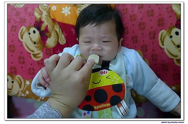 貝親 嬰兒鈣米餅 (6).jpg