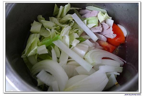 副食品-蔬菜蘋果豬肉五穀米糊 (9)