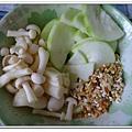 副食品-絲瓜香菇五穀粥 (4)