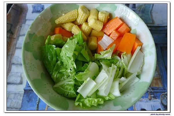 副食品-小白菜玉米筍紅蘿蔔五榖粥 (4)