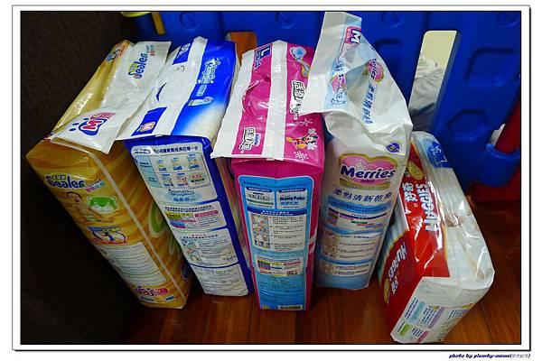 各品牌尿布試用比較 (4)