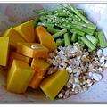 副食品-蘆筍南瓜五穀粥 (2)