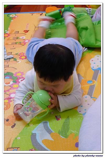 大眼蛙神奇喝水杯 (14)