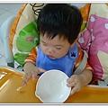 0402自己吃吐司 (5)