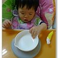 嬰兒用餐強力吸盤架試用結果 (3)