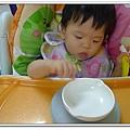嬰兒用餐強力吸盤架試用結果 (6)