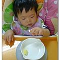 嬰兒用餐強力吸盤架試用結果 (7)